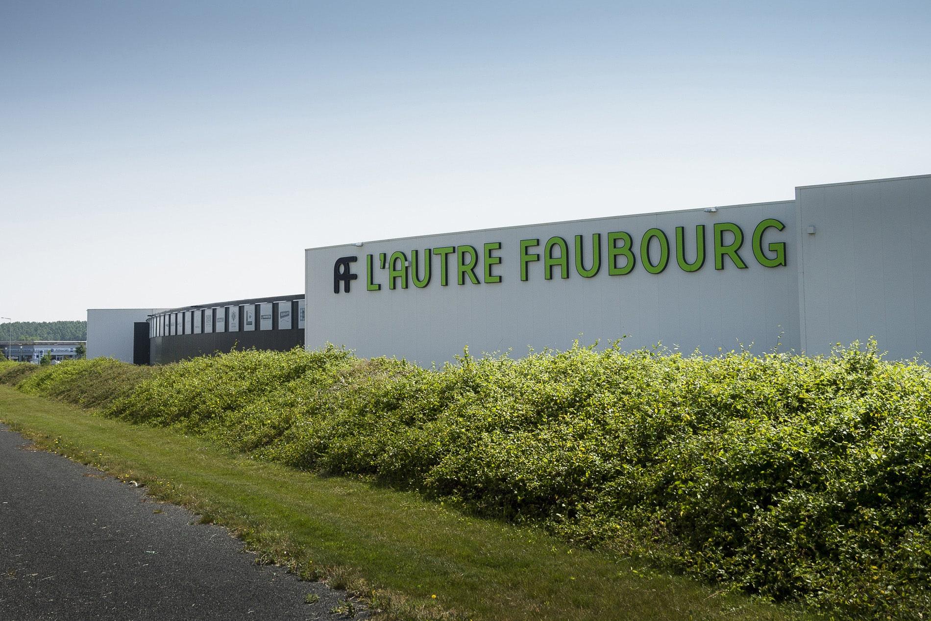 lautre faubourg 1 sur 2